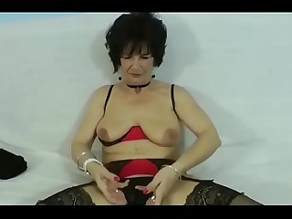 Granny gets BBC in her Ass