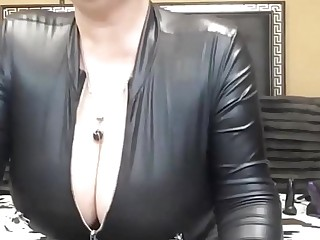 ROMANIAN HOT Huge BOOBS MATURE CAM SHOW