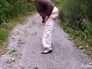 Granny Oma Pissing