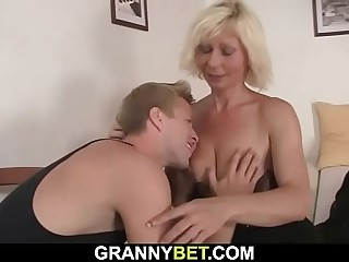 Pretty light-haired mom gets doggyfucked