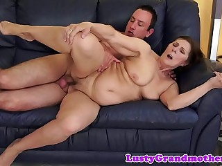 Gorgeous mature stunner gets pussyfucked