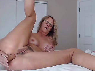 Sexually Excited old housewife