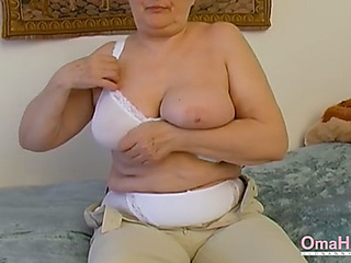 Omahotel extra unshaved granny inviting striptease