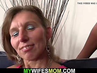 That Babe watches her boyfriend bonks old mama