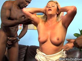 Ginger lynn aged anal HD порно видео