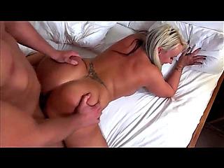 VГѓВdeos porn HD de Cougarz:menacing Big OLDER GAZOO