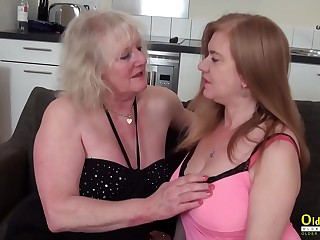 OldNannY Two mature Lesbians Playing with Playthings
