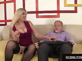 Passionate Mature Sex with Thick Tits Grandma Cala Craves