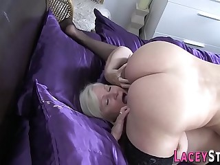 Buxomy granny loves to lick wet pussy
