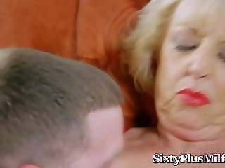 Super hot ash-blonde granny enjoys fucking a fat dick