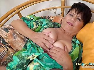 EuropeMaturE Libi Solo Fingering Masturbation
