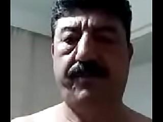 Gaziantep'_ten Mehmet Selli'_nin b&uuml_y&uuml_k skandalı canlı web kamerasıyla mast&uuml_rbasyon yapıyor