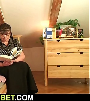Fuck rendezvous with chubby old woman