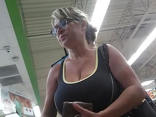 GIGANTIC Sucky BooBs for Leche
